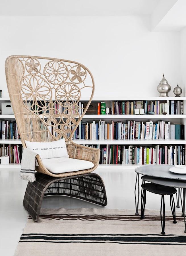 rincon lectura butaca ratan zona de lectura estilo nordico decoracion nordica alquimia deco interiorista barcelona