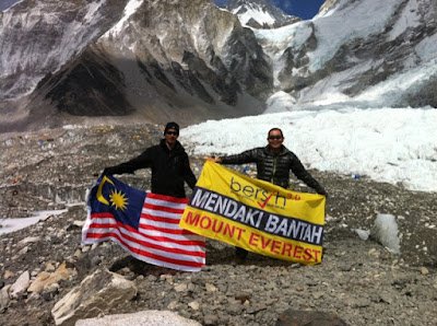 BERSIH 3 on Mount Everest