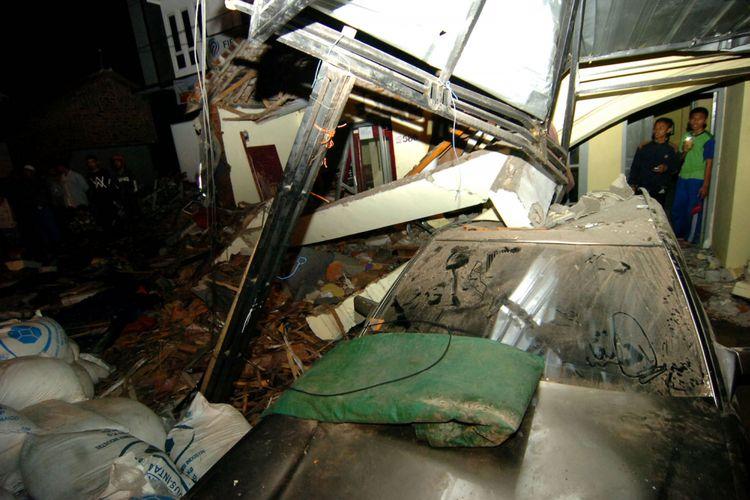 Foto-foto Tragedi Na`as Penanti Buka Puasa Kecelakaan Truk di Bumiayu Brebes