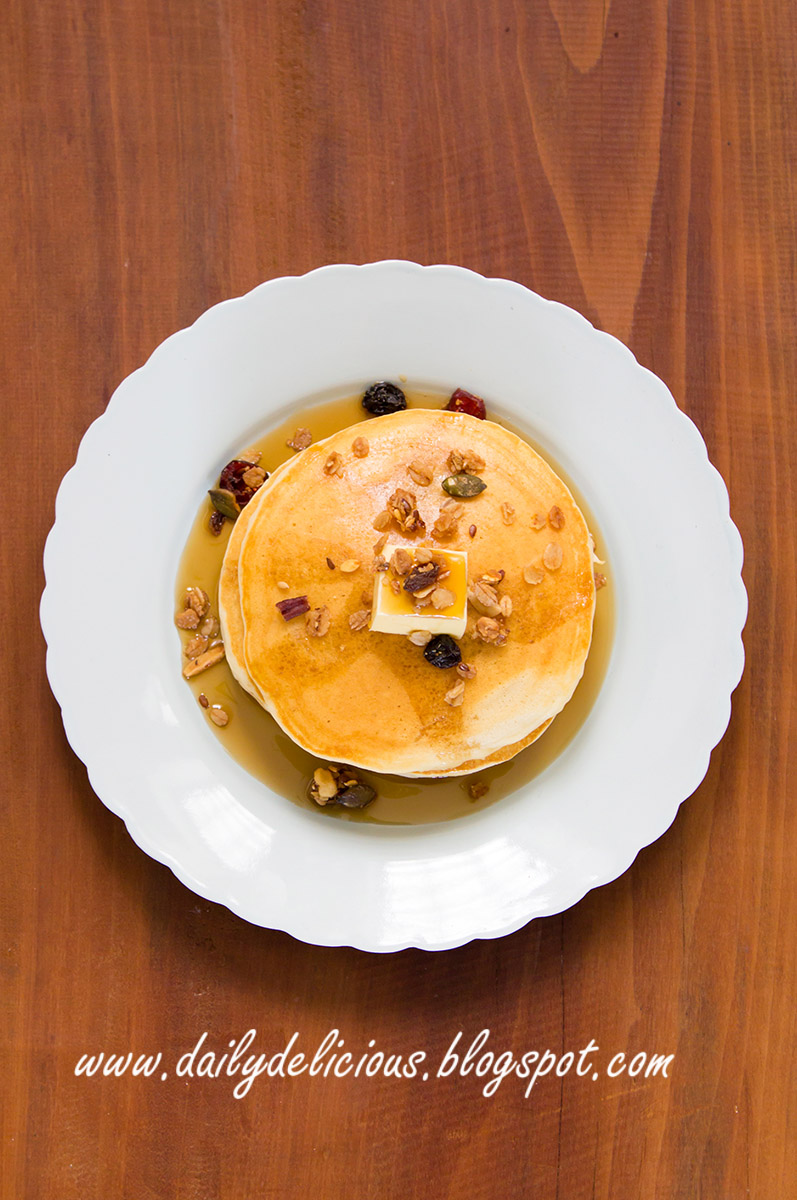 dailydelicious: Banana Pancakes: My favourite fruit!