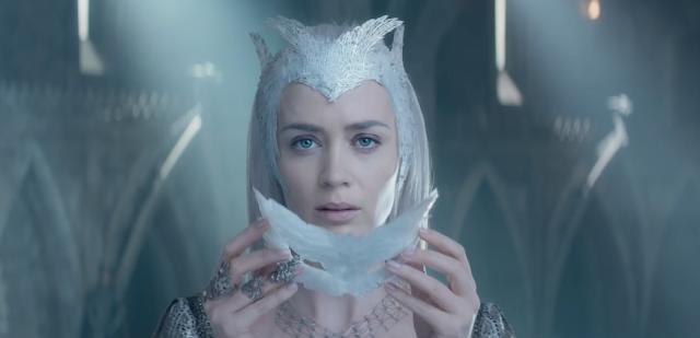 Emily Blunt et son joli masque dans Le Chasseur et la reine des glaces (2016)