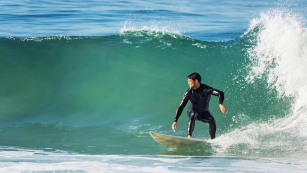 Surf Shop Online - ViralGraphics