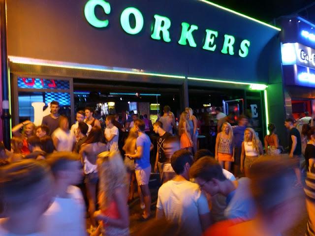 Corkers Club, Creta