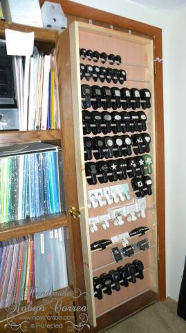 20 craft room organization storage ideas remodelando for Craft punch storage ideas