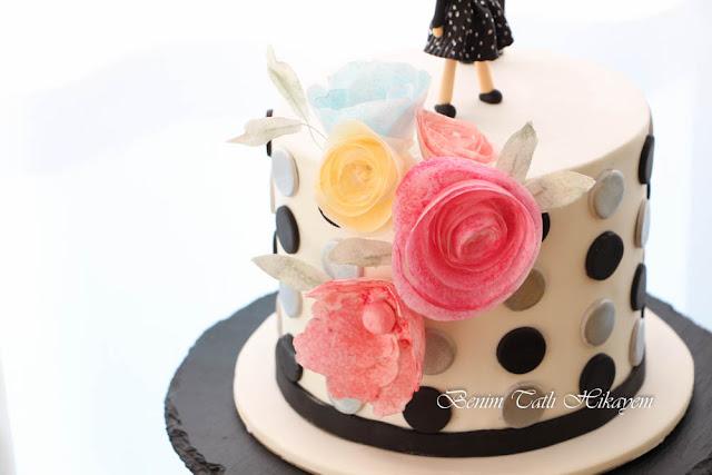 bir yaş pastası