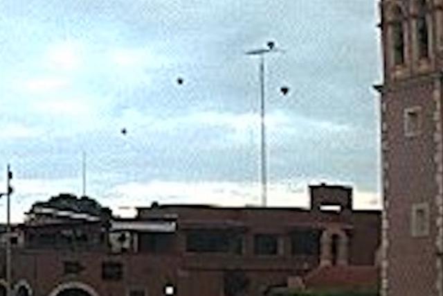 Διχασμένοι οι UFOλόγοι με «στόλο» ιπτάμενων δίσκων στο Μεξικό