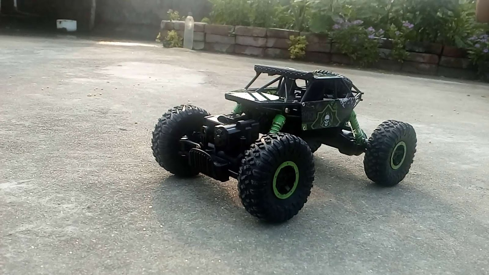 Rock crawler rc car - from flipkart