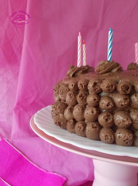 Tarta de mousse de chocolate muy fácil y mi tercer cumple blog