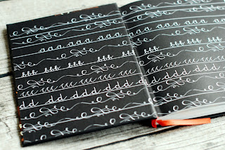 Wyklejka z kaligrafią