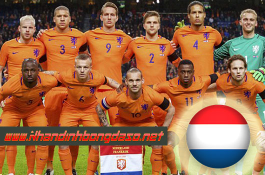 Ý vs Hà Lan www.nhandinhbongdaso.net