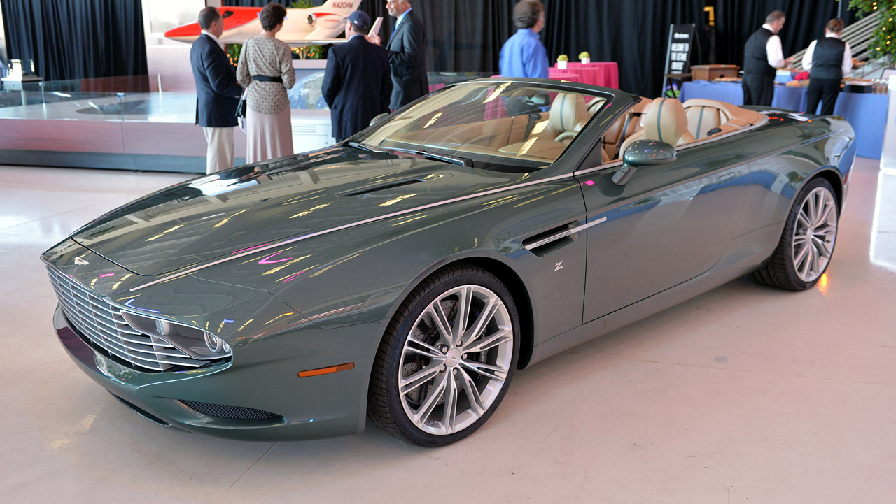 2013 Aston Martin DB9 Spyder Zagato Centennial konsept