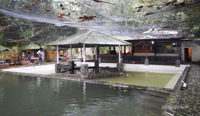 kolam rendam gunung pancar
