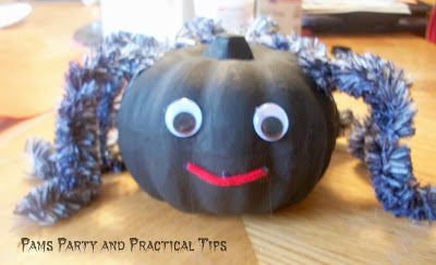 How to make a spider  pumpkin