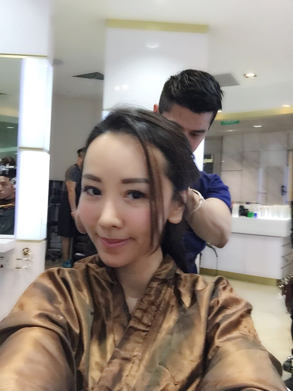 Hairstyling at kenjo salon on 24 june 2016 elaine heng for Action salon singapore