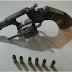 Jovem foi detido por ameaça e porte ilegal de arma de fogo na Praça dos Eucaliptos em Belo Jardim, PE
