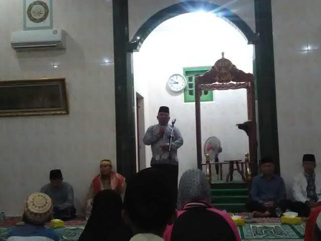 Camat Sei Dadap Asahan Rahman Halim saat memberi kata sambutan.