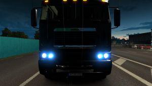 Xenon lights for all trucks (1.22)