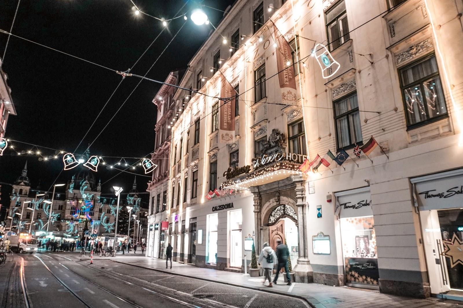 jarmak bożonarodzeniowy, market świąteczny, weihnachtsmarkt, graz, Austria, blog lifestylowy, blog podróżniczy, thedailywonders, polka w Austrii
