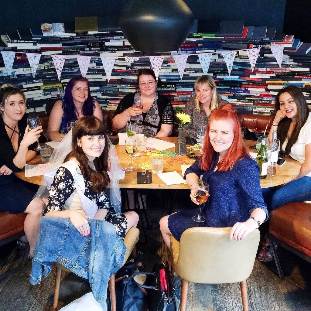 10 essentials every hen party/bachelorette dinner needs Adventures of a London Kiwi