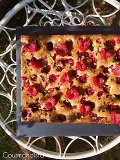 image Biscuit de Savoie pistaches-framboises