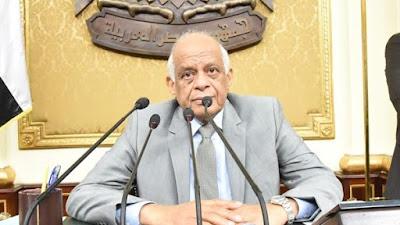 """""""أنا باحميك"""".. عبدالعال لمرتضى منصور: """"لا تجلس على مقاعد الوزراء"""""""