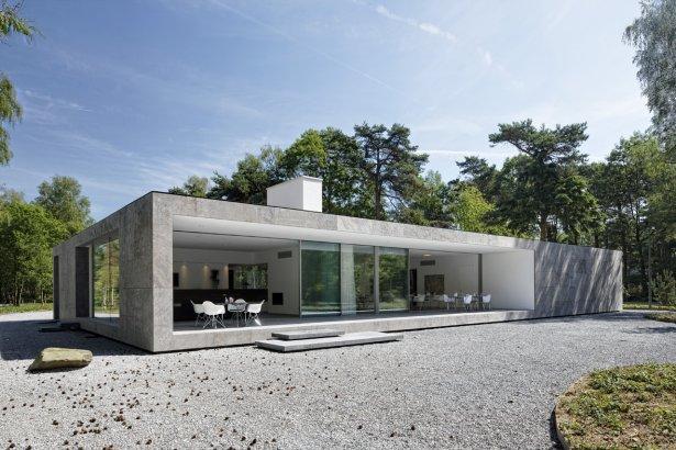 Casas minimalistas y modernas casas de vidrio ii for Fachada de casas modernas con vidrio