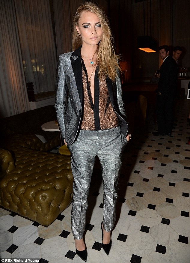 0e9dffac65 LFW Cara Delevingne in super stylish tuxedo pant suit