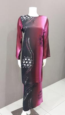 Gambar busana muslim wanita kombinasi batik
