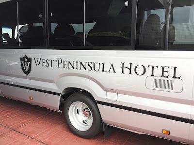 ウェストペニューシュラホテル 送迎バスステッカー