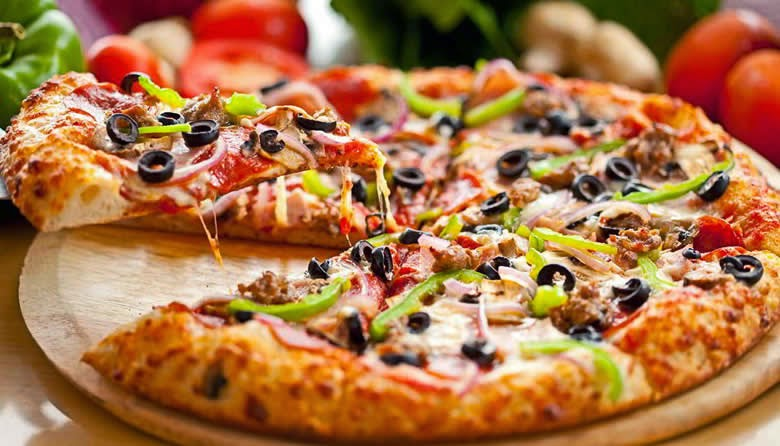 Resep Pizza Ikan Tuna Renyah dan Lezat