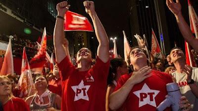 PT quer que filiados defendam Lula com megafone e em cima de caixotes