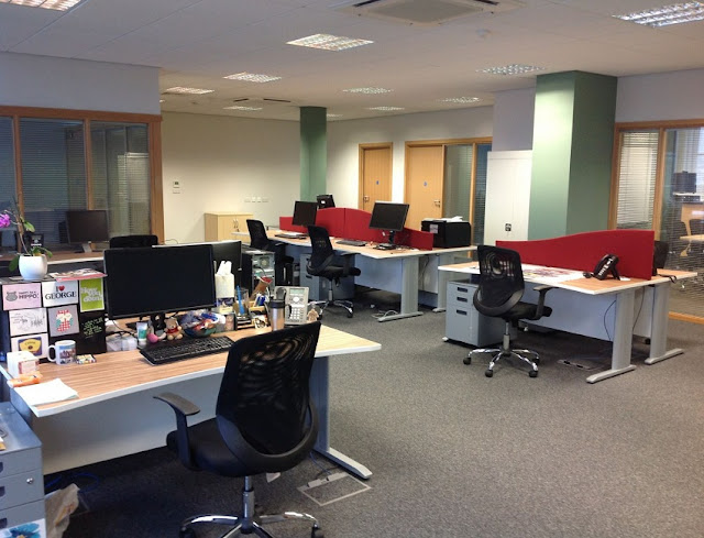 buying discount used office furniture Dearborn MI for sale