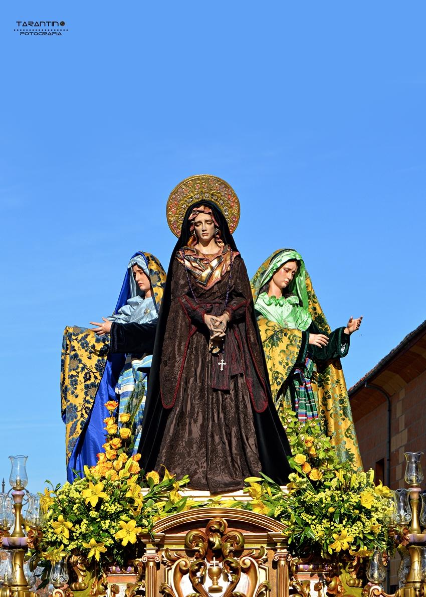Virgen del Pozo, Marta y María. Cofradía Cristo del Gran Poder. León. Foto. Danilo Tarantino.
