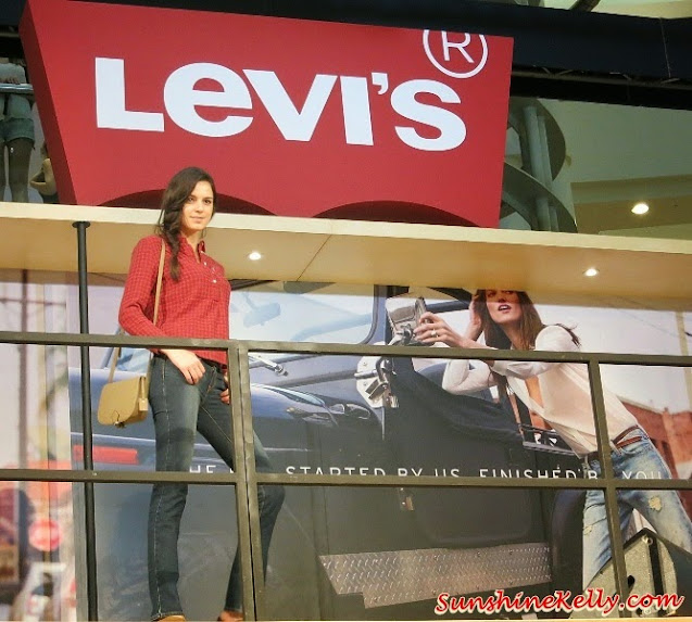 Fall 2014 Women's Western Shirt, Levi's Icons for Fall 2014, Levi's, Live in Levi's, Levi's Jeans, Levi's Iconic, 501 jeans, truckers jacket, western shirt, denim, jeans, fashion trend, fall 2014, fashion world, denim world