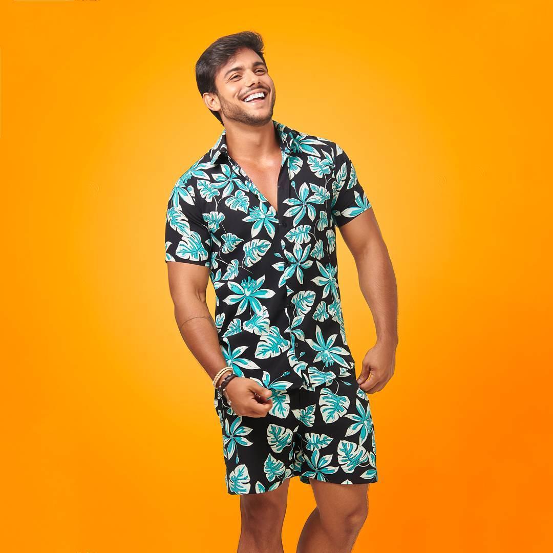 Look Masculino com Conjunto Estampado Carnaval 2018