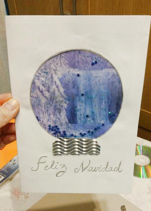 postal-navidad-diy-materiales-reciclados-bola-cristal-shaker-card-taller-alumna