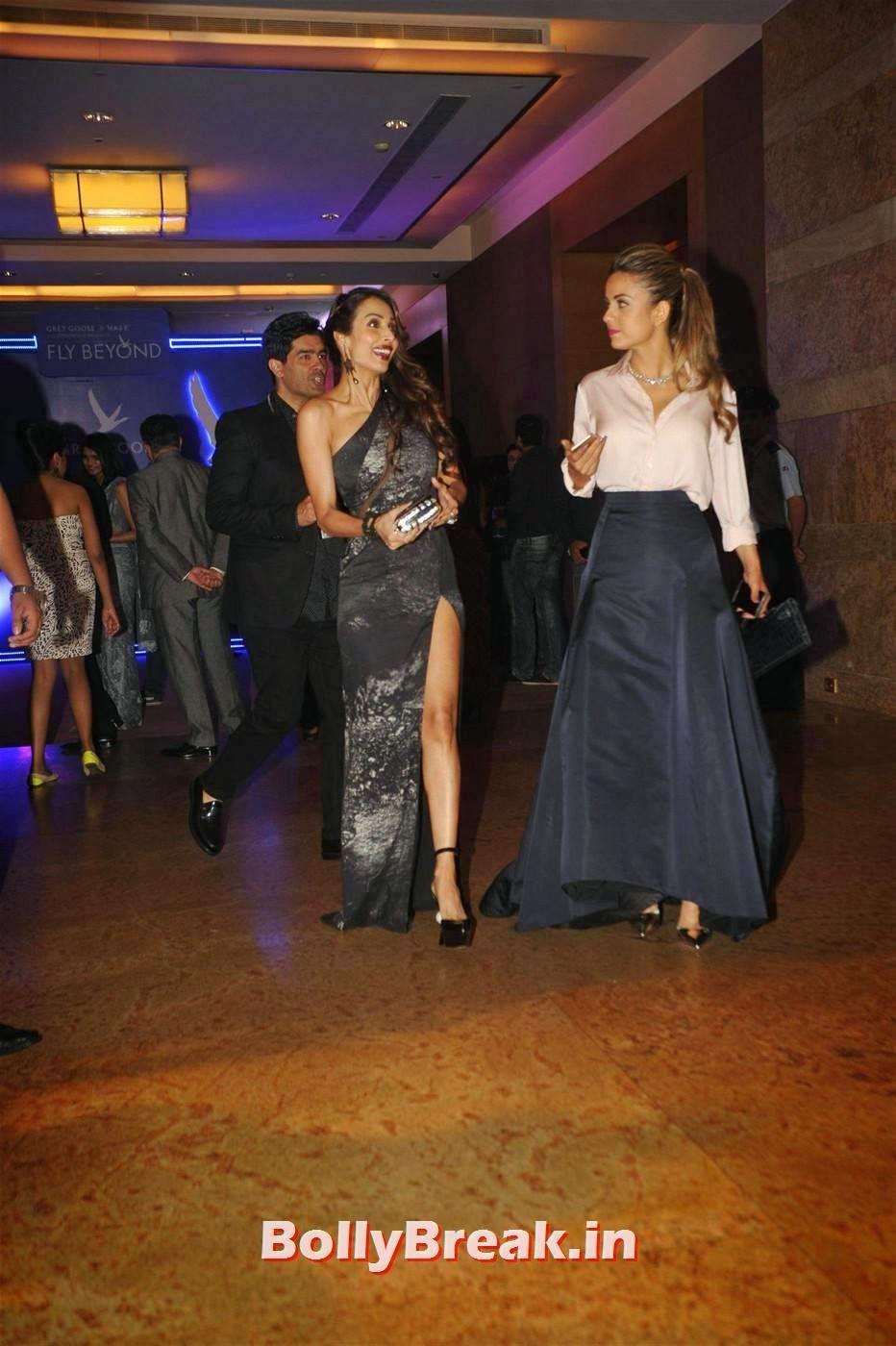 Malaika Arora Khan Photo Gallery, Malaika Arora Khan in Leg Showing Dress at Awards Function