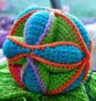 http://www.knitaholics.com/wp-content/uploads/2012/03/20120328-ew-haekeln-amish-EN.pdf