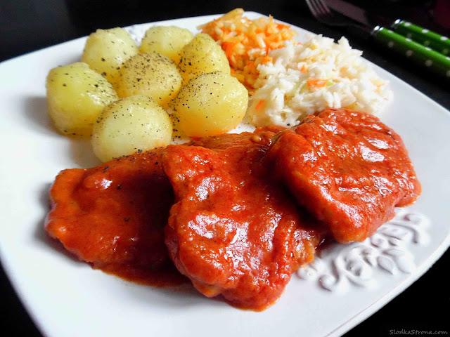 Schab w Sosie Pomidorowym (Bitki Wieprzowe w Sosie Pomidorowym) - Przepis - Słodka Strona
