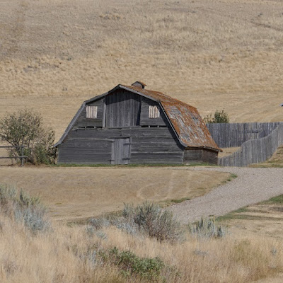 Orion, Alberta, barn, coulee, abandoned