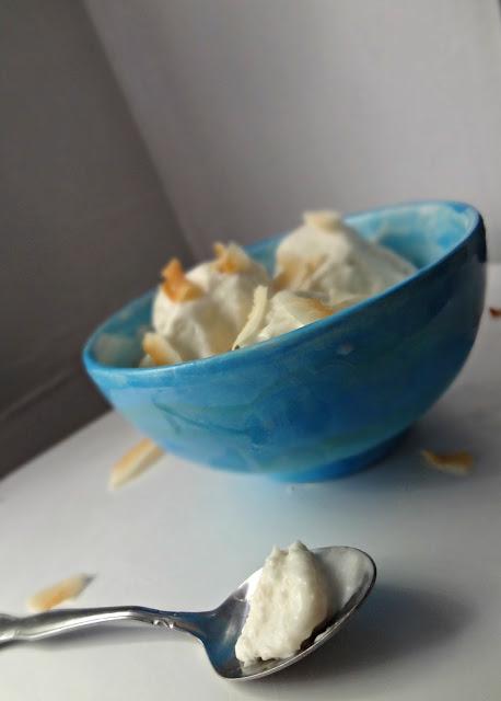 Coconut Ice Cream-EASY, 4 ingredients