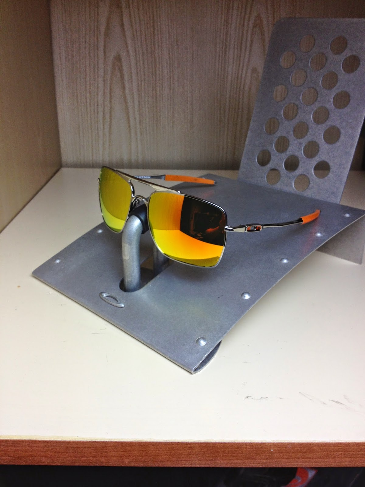 5b377b4598 Sam s Oakley Collection from SG Singapore  OAKLEY DEVIATION POLISHED ...