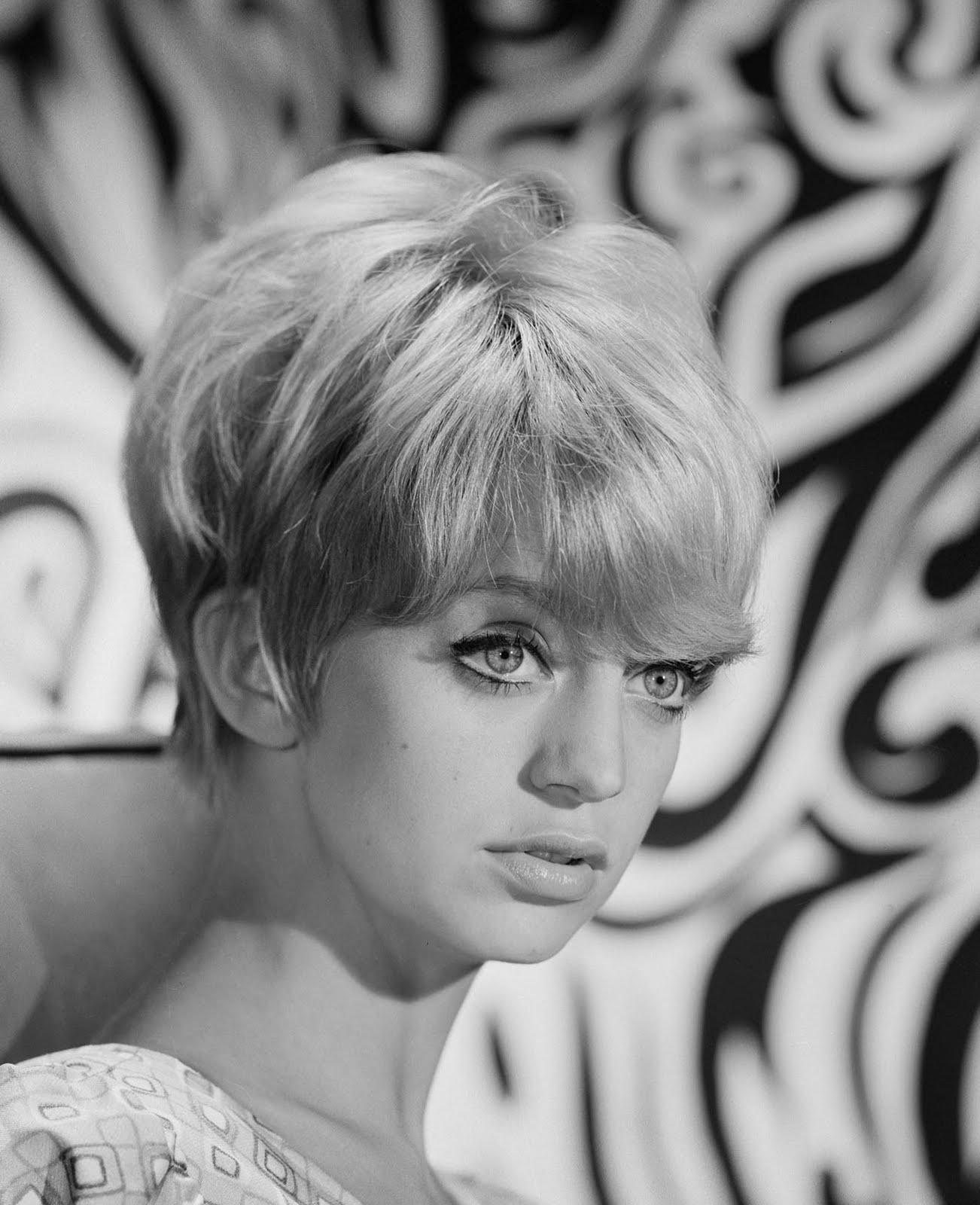 Dazzling Divas: Goldie Hawn
