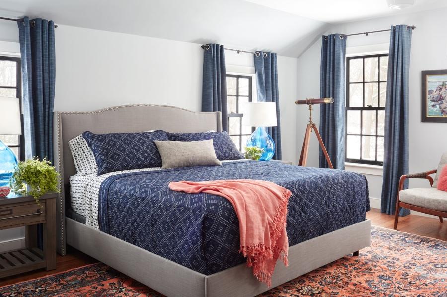 wystrój wnętrz, wnętrza, urządzanie mieszkania, dom, home decor, dekoracje, aranżacje, styl klasyczny, classic style, styl retro, sypialnia, bedroom, niebieski, blue