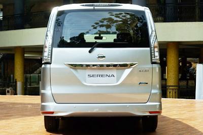 Eksterior Nissan Serena C26 Facelift Tampak Belakang