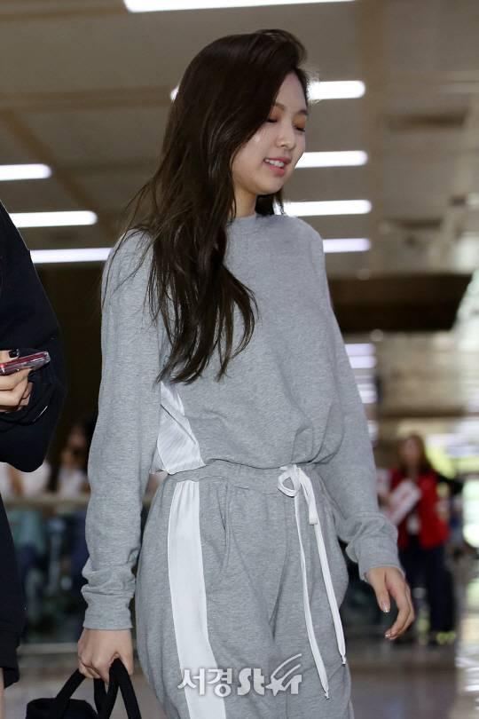 Celohfan | Oh! Celeb and Fan PICTURE  BLACKPINK Jennieu0026#39;s Airport Fashion - CELOHFAN