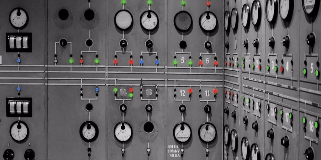 voltage-regulator-switch-power-supply