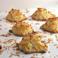 Tasty and Delicious Paleo Coconut Macaroons