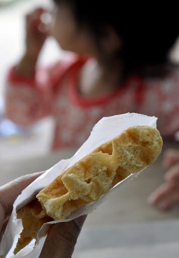 Waffatopia-Orange-Pom-Waffle-tasteasyougo.com