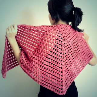 Chal triangular facil a crochet ahuyama crochet for Cosas de ganchillo faciles